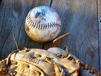 Baseball_and_glove